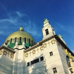 Hey sunny Vienna ☀️ #goodnightatsteinhofgründe #ottowagnerkirche #1160 #vienna #igersvienna #instagood Kirche am Steinhof