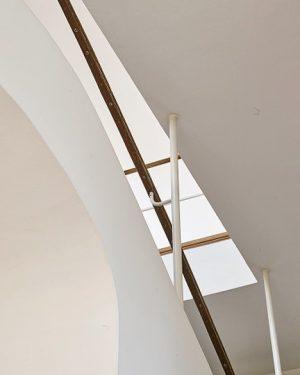 #villabeer #joseffrank . #goodmorning #vienna #wien #austria #art #design #staircase #detail #hietzing #architecture #architettura #architektur #igersvienna #igersaustria...