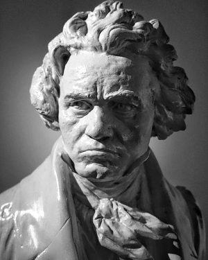 Das neue #Beethoven #Museum in #Heiligenstadt wurde eröffnet. Dieses Wochenende 25.11.-26.11.2017 kann man es kostenlos von 10-18h...