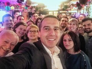 Cheeeeese! 😁 @bk_christiankern bedankte sich heute bei allen Wiener SPÖ-MitarbeiterInnen für den super Wiener Wahlkampf! 😊 ....