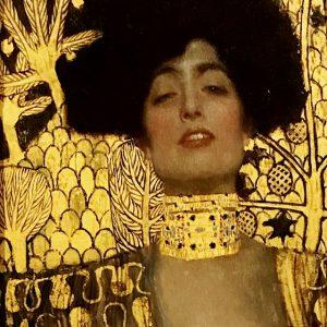 В этот раз много искусства. Здесь много известных галерей, в каждой - собрания коллекций известных художников. В...