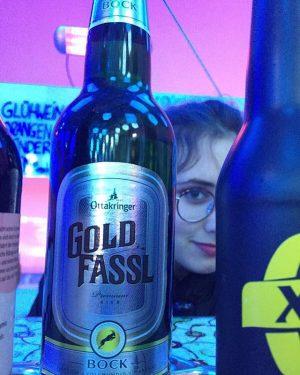 Habt ihr schon vom Gold Fassl Bock Bier gehört? Bei Julia im Punschstand Corbaci könnt ihr es...