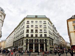 Wien // Österreich 🇦🇹 🗓 28.12.2017 📸 Looshaus, Michaelerplatz 3, 1. Bezirk #wien #vienna #österreich #austria #looshaus...