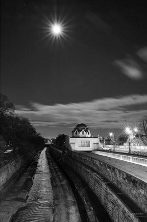 #vienna #schönbrunn #hitzing #night #light #blackandwhite #photography #fujixpro2 #fujifilm #fujinon #35mmf2 #captureone #pro #11 #ingmarflashaar Vienna, Austria
