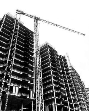 Vienna - under construction (January 2018) ——— #wien #vienna #arsenal #hauptbahnhof #sonnwendviertel #baustelle #kran #crane #underconstruction #constructionsite...