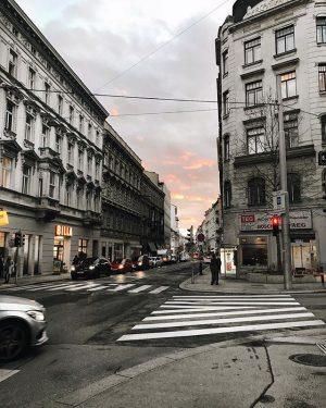 Arschkalt, aber so schön 😍 love you, Wien 🖤 . . . . . . . ....