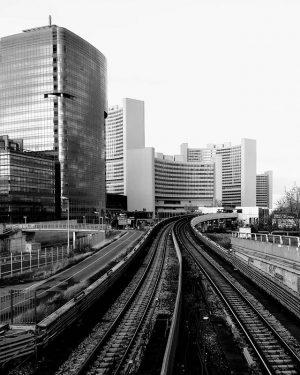 #vienna #wien #vienne #austria #autriche #travel #beautiful #city #winter #explore #discover #erasmus #shotononeplus #urban #train #railway #station...