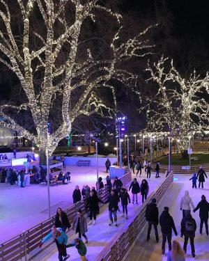 We've missed you here, little ice princess @_viktoriamaria ⛸❤️ #wienereistraum #vienna #iceskating #eislaufen #wien #wintersport Wiener Eistraum...