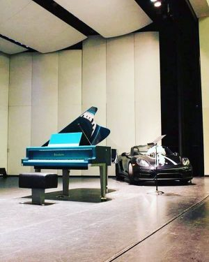 How about a @porsche and a Bösendorfer F.A. Porsche Design in #mintgreen ? #bösendorfer #theartofthepiano #handcrafted #madeinaustria...