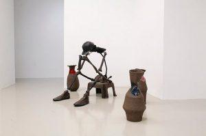 Lindsay Lawson 'Wokeness' on view until 17 March . . . #galerielisakandlhofer #galeriekandlhofer #lindsaylawson #wokeness #gallery #contemporaryart #art #artcollector #vase #sculpture #thinker #derdenker #ceramics #vienna #wien #exhibition Galerie Lisa Kandlhofer
