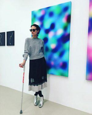 Happy women's day ❤️ . . #badknee  #staystrong #united #supreme #michaelullrich #galerielisakandlhofer #maximilianprüfer #weltfrauentag Galerie Lisa Kandlhofer