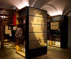 Berg, Wittgenstein, Zuckerkandl . Die neue Sonderausstellung im Literaturmuseum der ÖNB macht die familiären, künstlerischen und gesellschaftlichen...