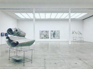⚀ 𝙰𝚕 𝚝𝚎𝚖𝚙𝚘 𝚕𝚊 𝚜𝚞𝚊 𝚊𝚛𝚝𝚎... #rudolfpolanszky #secession #secessionvienna #vienna #austria #museum #minimalism #minimal #contemporaryart #contemporaryartist #contemporary...