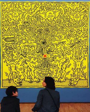 #keithharing #albertina #motherandson #museum #picoftheday #art #yellow #painting #instagood #vienna #igers #like4like pic @rausch70 Albertina Museum