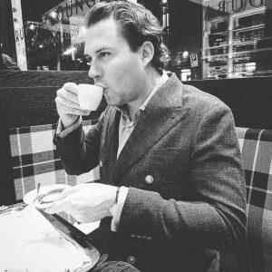 #cafe #coffeebreak #viennese #espresso #whatelse #drinkcoffeelikeanitalian #drinkcoffeelikeaboss #relaxing #firstsummersiesta Vienna, Austria