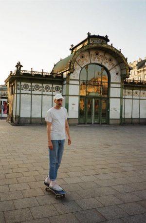 💁♀️🤷♀️ 🙆♀️ 📷 @__ouis Karlsplatz