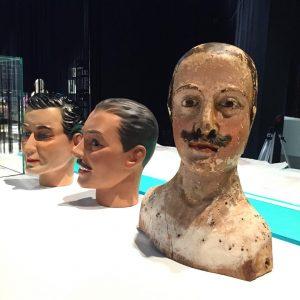 """Upcoming: Skin deep. Hair dressers, barbers, beauticians • Die Ausstellung """"Mit Haut und Haar"""" geht der Wiener..."""