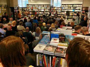 Full House gestern abend während der Buchpräsentation von Wojciech Czajas