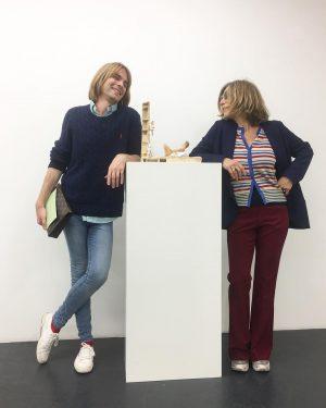 #sisterfromanothermister and #favorite #galleryowner in town 💕❤️💕 #silviasteinek from #galeriesteinek #vienna Galerie Steinek
