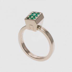 Green Rooftop #garden #highjewelry #jewelry #jewellery #ring #silver #gold #fine #artisan #luxury #custom #art #blingbling #fashion #hautejewelry...