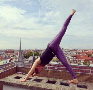 ☀️endlich YogaMe auf der Dachterrasse 🧘♀️ #yogame #yogainvienna #freedom #yogaoutdoors