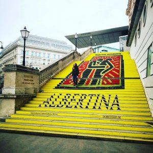#vienna #stairway to #keithharing Keith Haring. The Alphabet. Bis 24. Juni 2018 #AlbertinaHaring #AlbertinaMuseum #KeithHaring #exhibition #exhibtion...