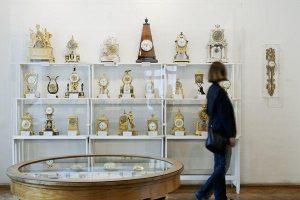 Immer einen Besuch wert: das #Uhrenmuseum in #Wien. Dreitausend historische Zeitmesser ticken für ...