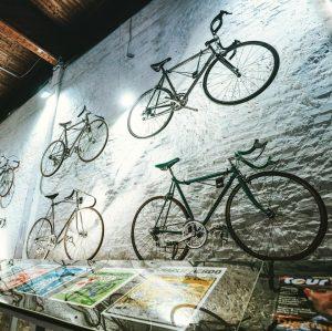 So viele schöne Räder! 😍🚲 #Ausstellung #Bicycles a Lovestory. #fahrradwien #cycling #lovecycling #igersvienna #wienliebe Nordbahnhalle