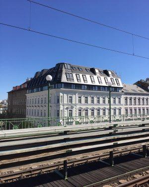 Alser #europe #austria #österreich #vienna #vienne #wien #city #urbanlandscape #cityscape #ubahn #alser #alserstrasse #publictransport #architecture #photooftheday #photography...