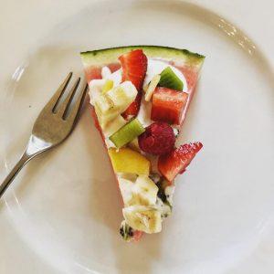 Neues sommerliches Dessert testen - Melonenpizza 😀#vienna #prater #restaurant #dessert #summerfeeling #sunny #austria #hauptallee