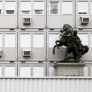 baustelle demokratie #parlament #parlamentwien #demokratie #baustelle #container #wien #vienna #wienliebe #igerswien #igersvienna #reiter #statue #democracy #buildingsite Österreichisches...
