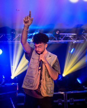 Das @redbull Festival gestern war echt der Wahnsinn 🙏🏾 Crowd war lit, show war lit, Abend war...
