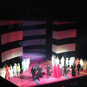23052018 ~ ORESTIE #wienerfestwochen2018 #wienerfestwochen #democracy #trilogy #electra #agamemnon #greektragedy Theater an der Wien - Das neue...