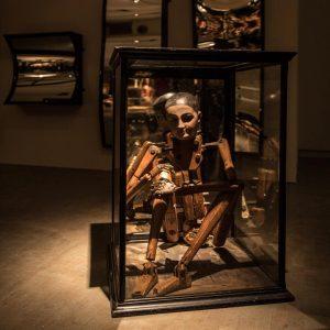#YdessaHendeles düstere Figurenkabinette nur noch bis #Sonntag @kunsthallewien - in der politischen Metaphorik für die #Schafhausen Forscher...