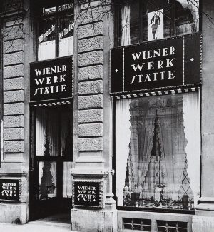 #taldiacomavui al 1903 es va fundar la Wiener Werkstätte (Vienna Workshop) per Josef Hoffmann, Koloman Moser amb...