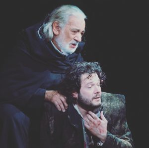 Väter haben es in der Operngeschichte nicht leicht und sind selten Sympathieträger oder gar die Helden… fällt...