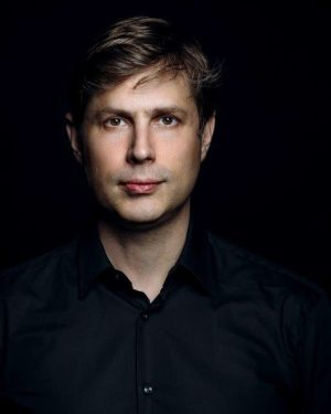 Daniel Kehlmann erhielt heute den renommierten Friedrich-Hölderlin-Preis! Wir freuen uns sehr und gratulieren ihm herzlich! 👏🏼🤩 #danielkehlmann...