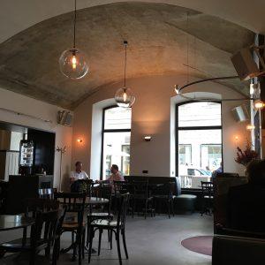 Weit über 40 Jahre hat es gedauert bis ich endlich ins Café Drechsler gekommen bin☕️. Dann noch...