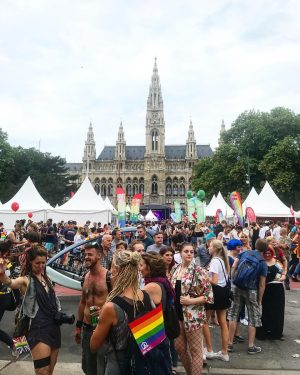 So many rainbows, so much love, and sooooo much fun! Happy pride everyone! #regenbogenparade #viennapride Regenbogenparade