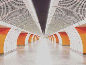 Samstag, 6:32 #orangeisthenewblack Westbahnhof