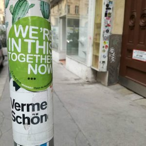 Lasst uns reden. Zweite Festivalwoche! > dotdotdot.at #wereinthistogethernow #becauseweare #letstalk #letsgo #vermehrtschönes #erstebank #allovertown #stickermania #dot #dots...
