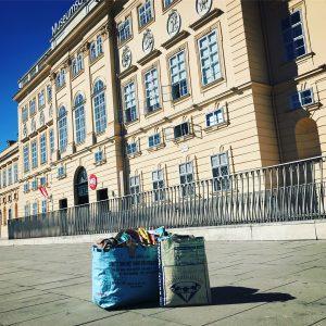 🐠🐠🐠Wir schwimmen ab heute im MQ-Point im Wiener Museumsquartier 🐠🐠🐠! #designerindesmonats #upcyclingdeluxe #vollcool #lifegoals #wearesoarty #mq #lovelife...