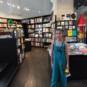Wiadomo gdzie utknęliśmy #booklover #bookshop #artbook