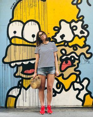Hey Homer! Wen man beim spazieren in der Stadt so trifft 😄 #homersimpson #thesimpsons #yellow #hey #vienna...