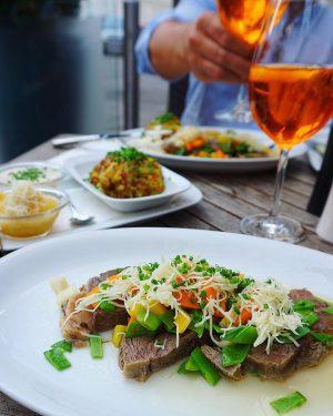 Min favoriträtt Tafelspitz, Österrikisk långkok med rotfrukter, rösti potatis, äppelmos och massa pepparrot 😚👌 & såklart en...