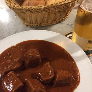 Eat like a tourist in Wien #nirasaustriahungary2017 Kaffee Alt Wien