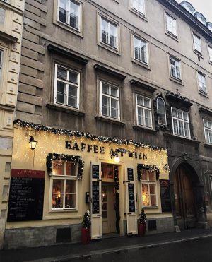 A day without coffee is like... ... just kidding. I have no idea. 😅☕️ #vienna_austria #viennanow #visitvienna #topviennaphoto #igersvienna #wonderlustvienna  #vscocollective #vscohun #vscohunkaracsony #vscobalkan #vscoballkan #tv_living #tv_lifestyle #thehub_vsco #thehub_lifestyle #thislittlemoment_ #wanderingteam #pickmotion #nothingisordinary_ #hiyapapayaphotoaday #rsa_vsco #rsa_streetview #streetsofvienna #transfer_visions #transfer_visions_nm2 #tv_living_nm2 #topviennaphoto #tv_europe #living_europe #igershungary Kaffee Alt Wien