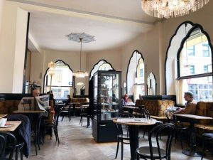 Sunday morning at my favourite Viennese coffee house: where time stopped in 1920, ...