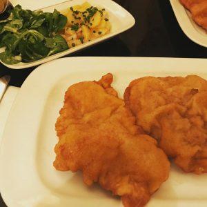 Ein #wienerschnitzel in #wien Café Engländer