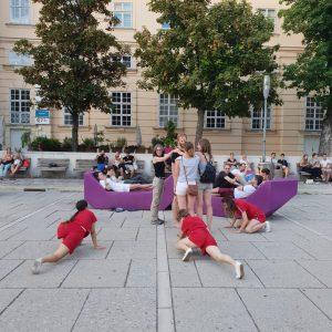 An Outdoor performance at museumsquartier vienna, Austria. #impulstanz #dance #streedance #publicspaces #vienna #austria #thefoyerproject